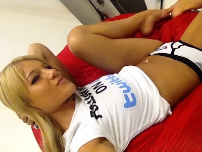Felice Herrig's creepy fanmail of the day - You have to see this