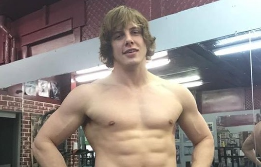 Matthew Riddle Bulking Up for Pro Wrestling