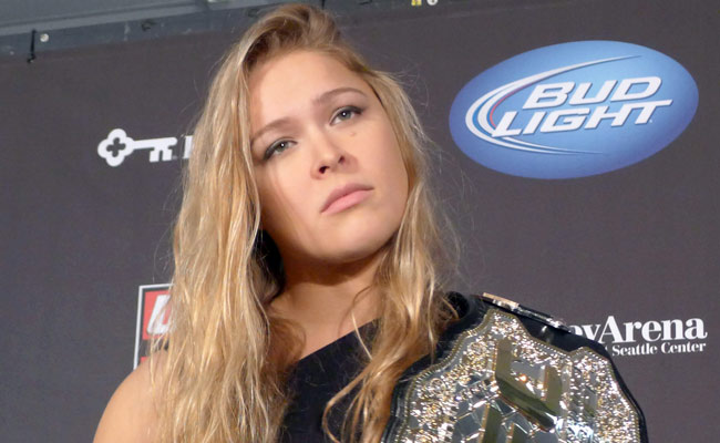 Weidman injured, Belfort fight off - Rousey - Zingano now headline
