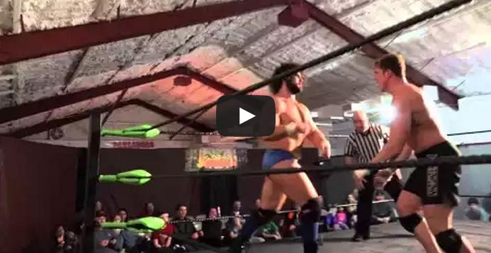 Matthew Riddle pro-wrestling debut - Video highlights