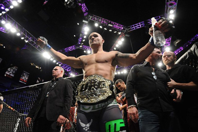 Lawler-MacDonald announced for UFC 189