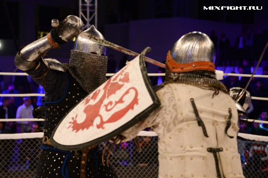 M-1 Medieval knight fighting returns June 6 at M-1 Challenge 58 in Russia