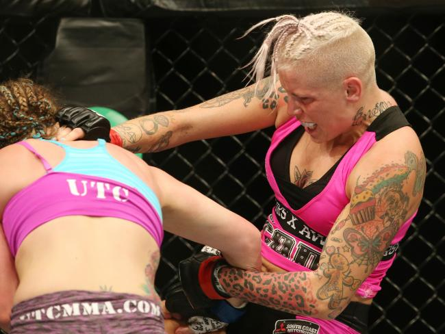 Bec Rawlings – I don't need to stick needles in my butt to get that UFC gold