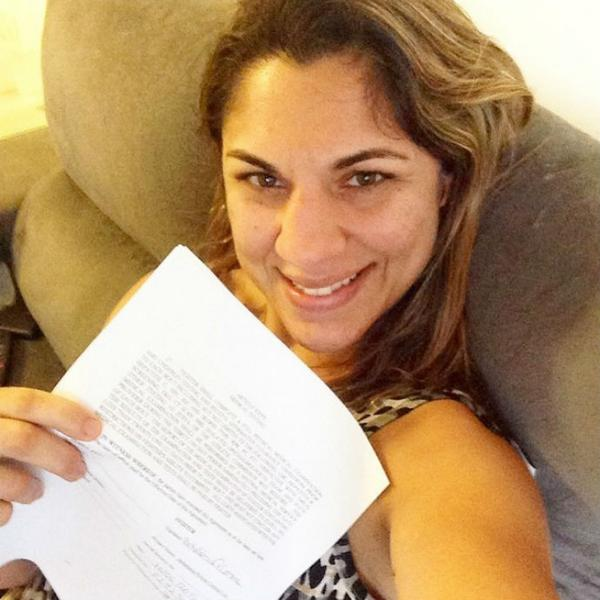 Bethe Correia signs new 8-fight contract ahead of Rousey fight