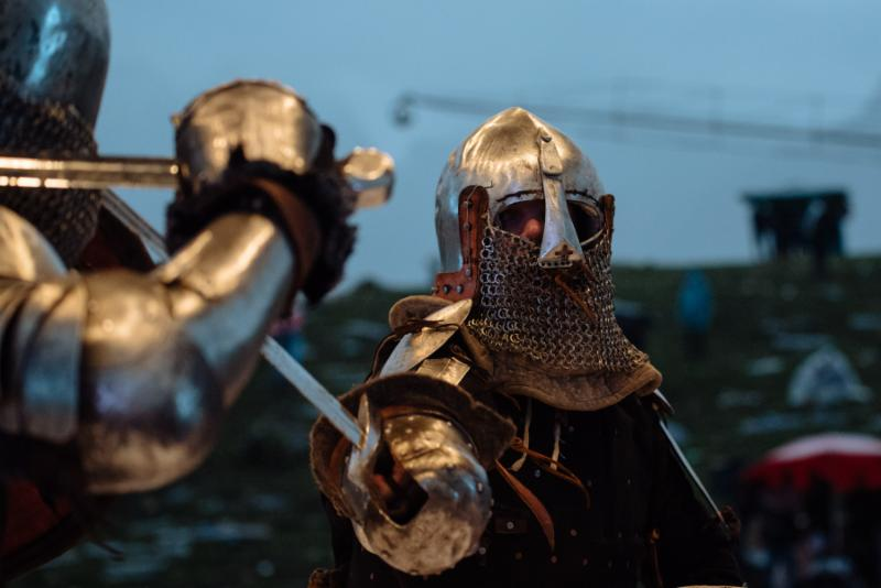 Watch M-1 Medieval Knight Fighting – the next generation of combat sports