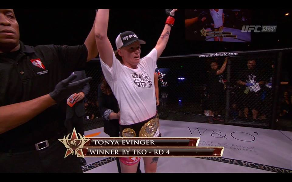 Tonya Evinger - Invicta FC 13 results, 2 new champions crowned