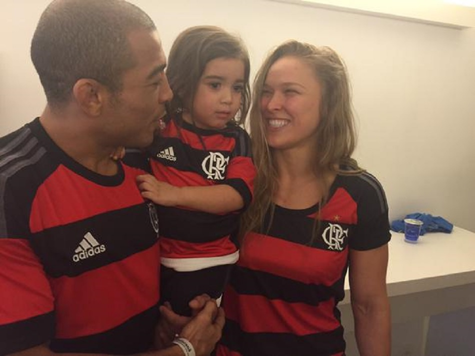 Rousey Attends Flamengo Match, Spends Time With Aldo