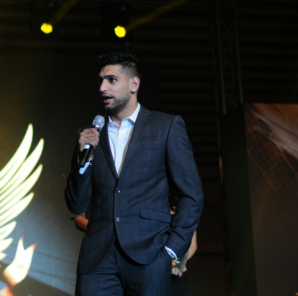 Boxing Champ Amir Khan Enters MMA Business