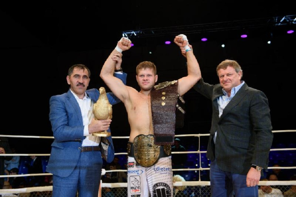 Tybura retains heavyweight title, M-1 Challenge 61 results & pictures from Russia