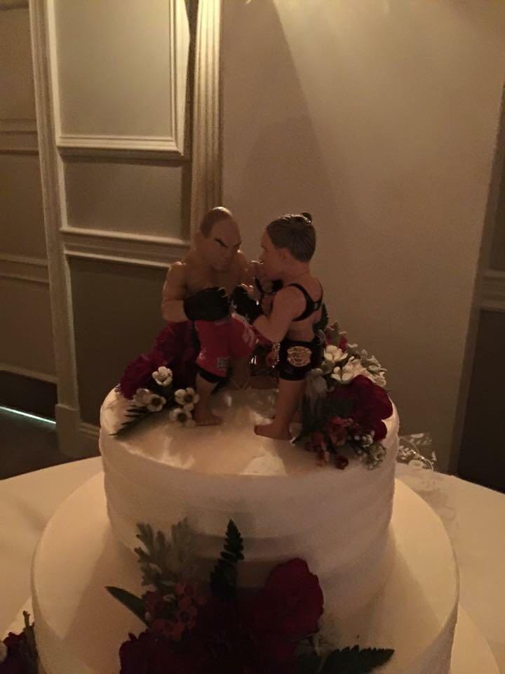 wedding cake - mma wedding