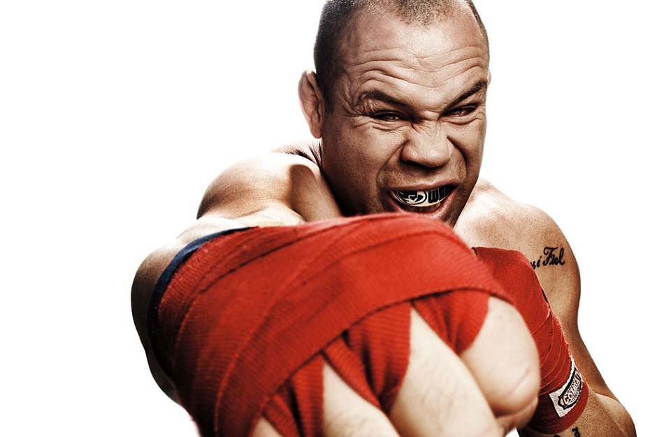 Wanderlei Silva promises to slap Conor McGregor in the face