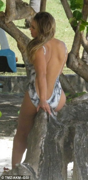 Ronda Rousey leaked photos