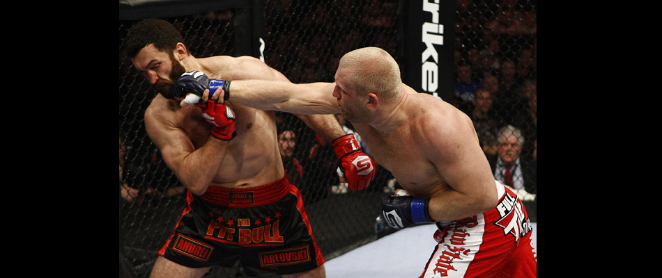 Sergei Kharitonov signs with Bellator MMA