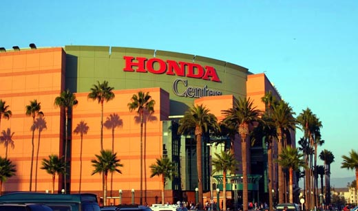 UFC changes Anaheim date from August 5 to July 29