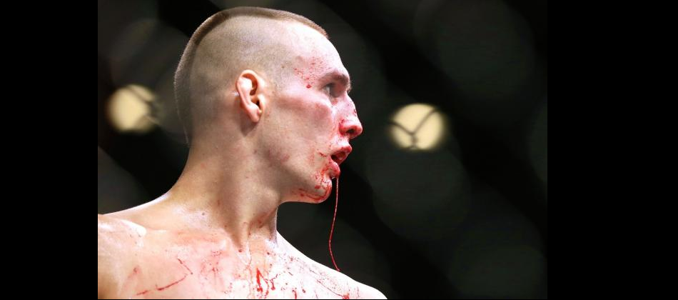 Rory MacDonald signs with Bellator MMA