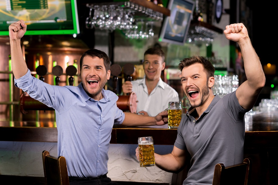 Top Five Beers to Enjoy While Watching the Fights