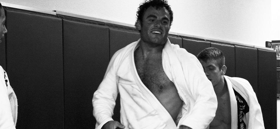 Ralek Gracie signs with Bellator MMA, seeks to pay back Metamoris debts