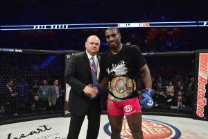 Phil Davis captures first major MMA world title at Bellator 163