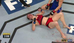 Sara McMann chokes Alexis Davis - TUF 24 Finale