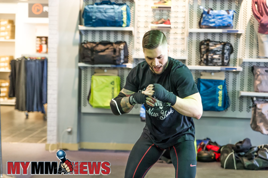 El Numero Uno, Rick Nuno - Maverick MMA Open Workouts and Press Conference at Reebok Outlet