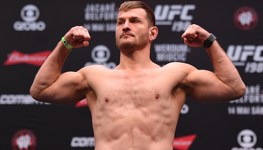 UFC 211 Early Weigh-in Results – Watch Ceremonial Weigh-in Video