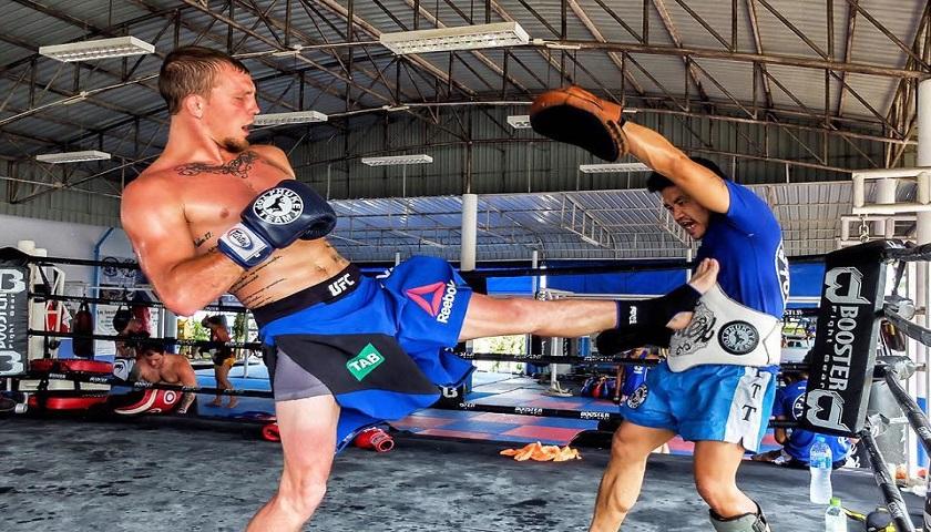 With Korean Zombie injured, Jason Knight step in against Ricaro Lamas