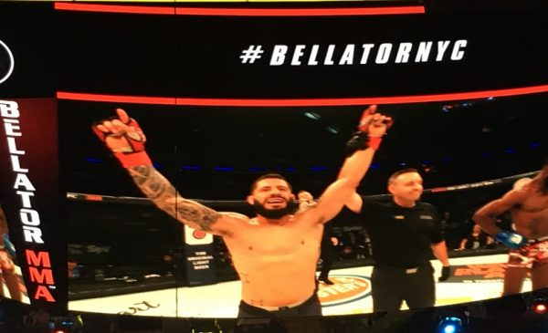 Anthony Giacchina defeated Jerome Mickle at Bellator 180