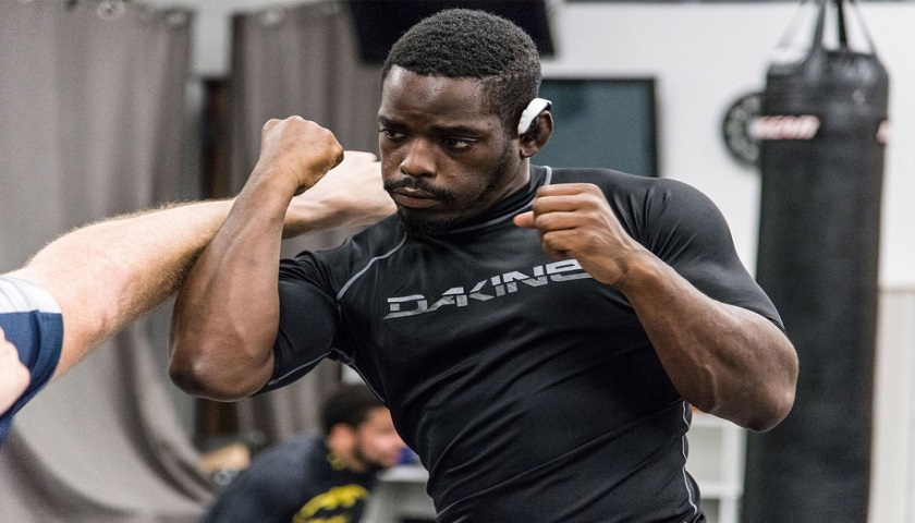 Amateur MMA competitor, Rondel Clark, 26, hospitalized, dies after competition
