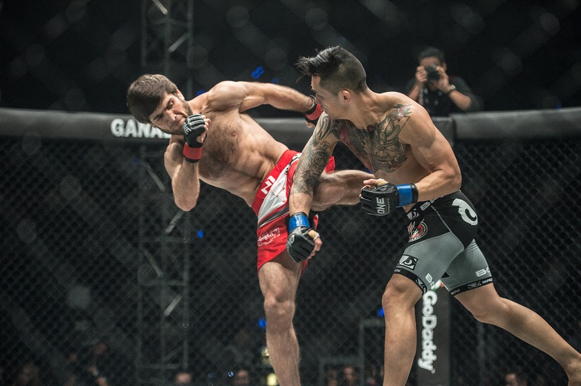 Martin Nguyen knocks out Marat Gafurov, crowned new ONE featherweight world champion