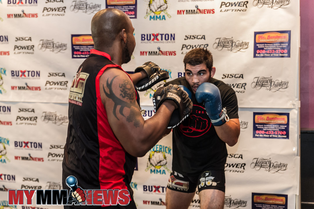 Michael DeLouisa, Mike DeLouisa - Maverick MMA 3 open workout