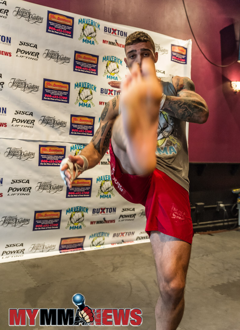 Kris Gratalo - Maverick MMA 3 open workout