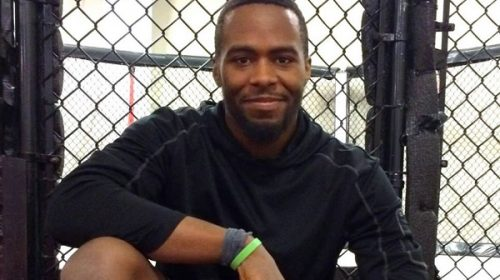 Philadelphia's Devon Williams wins $25,000 professional MMA contract