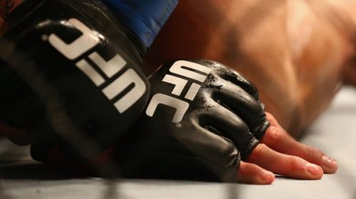 Gloves lined with sensors, artificial intelligence, approved for test-run at UFC 219