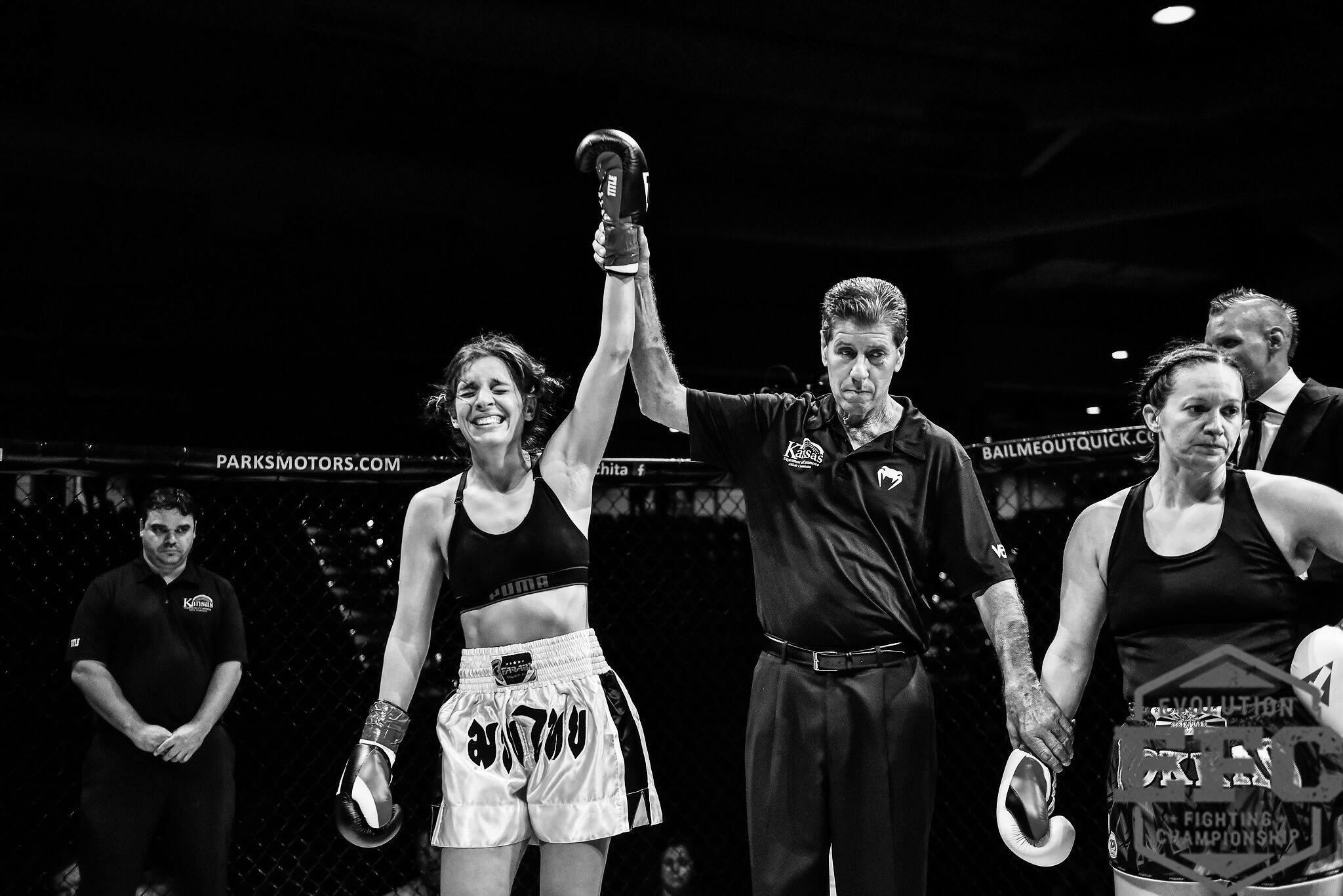 Kheira Sadi, EFC MMA