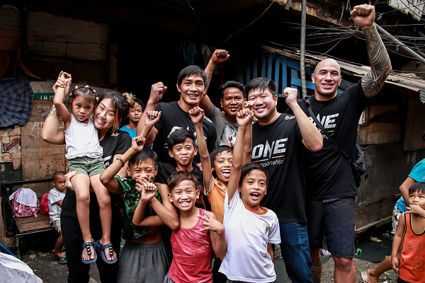 ONE Championship Global Citizen ambassadors visit youth in Tondo Area, Manila