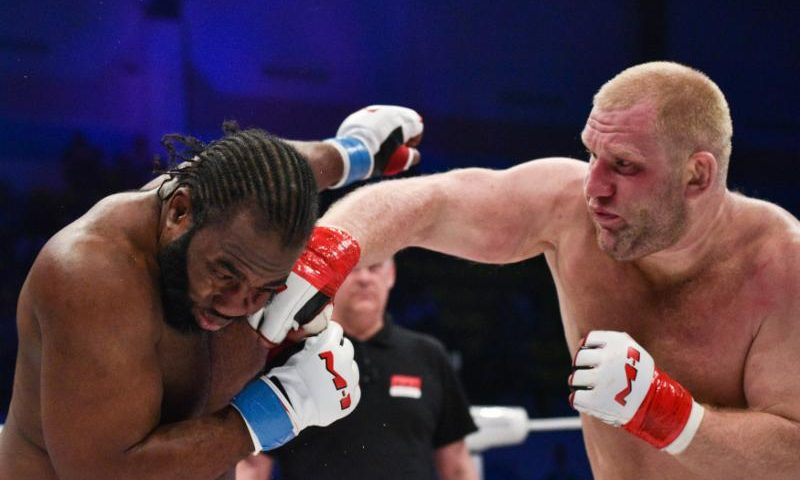 Heavyweight star Sergei Kharitonov to headline M-1 Challenge 92