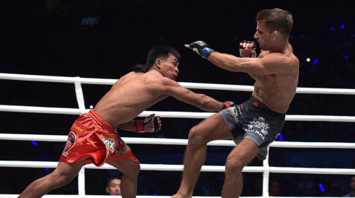 Kevin Belingon TKO's Andrew Leone in ONE Championship: Heroes of Honor main event