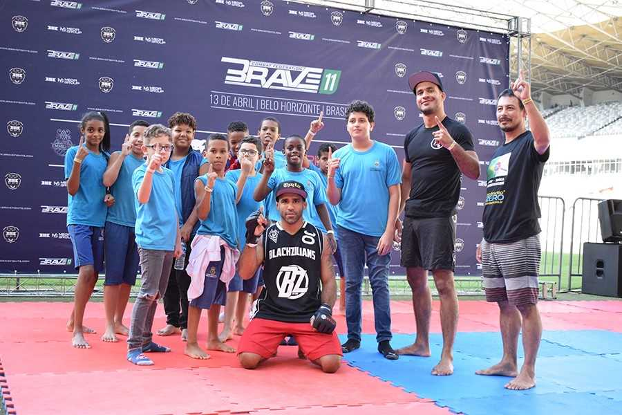 Brave 11 open workout provides first taste of MMA to underprivileged kids