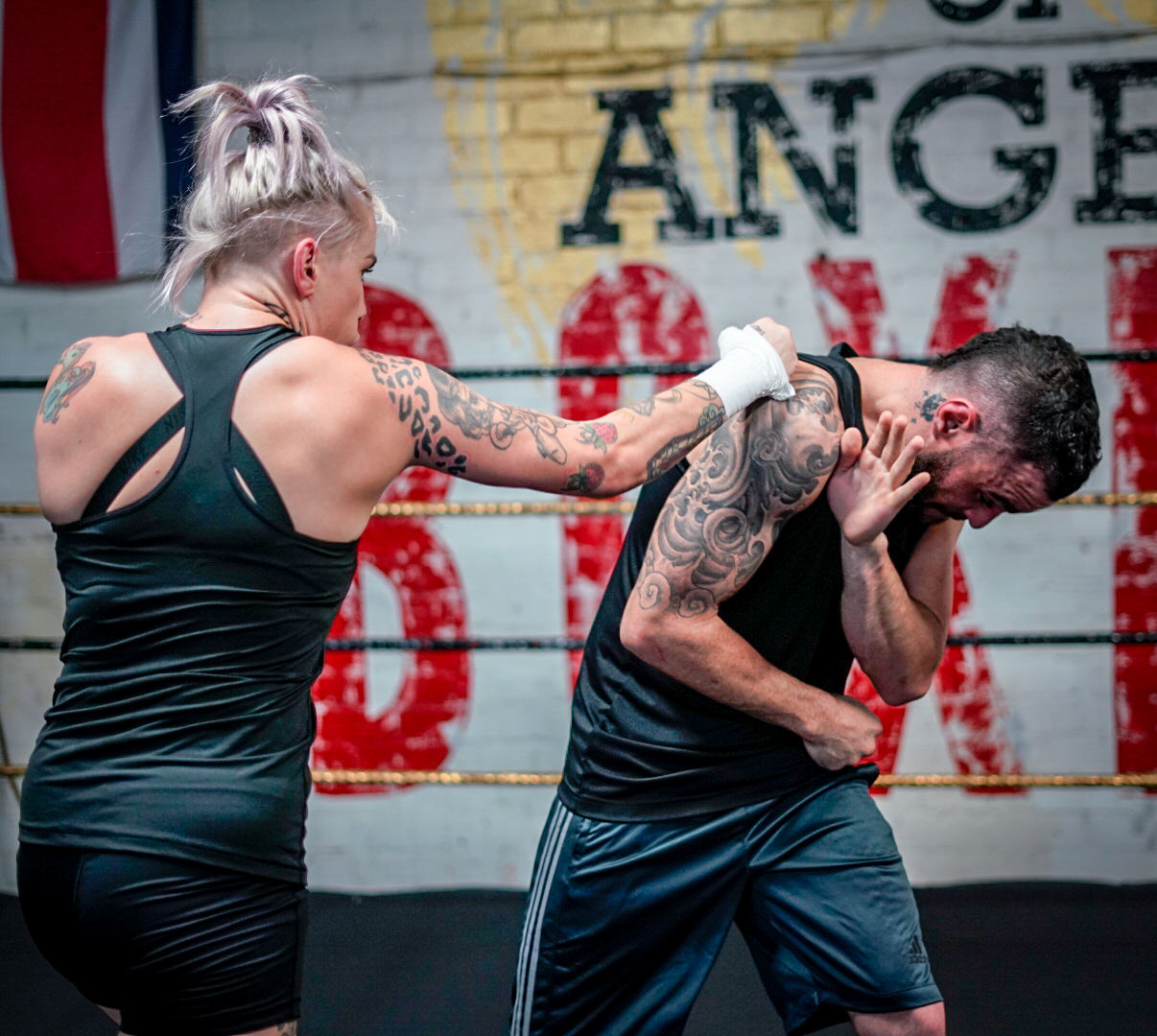 Queen of Bare Knuckle, Bec Rawlings