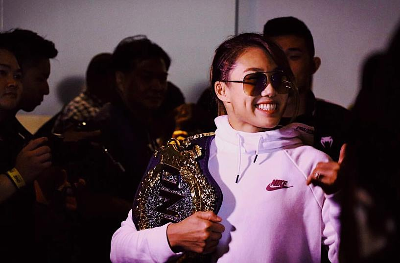 world champion vs world champion, Angela Lee