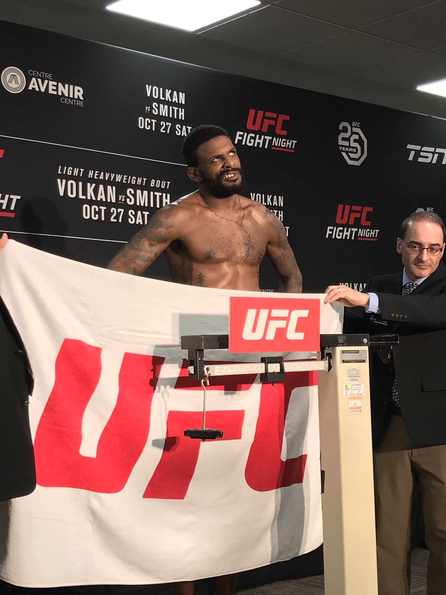 Michael Johnson misses weight, UFC Moncton