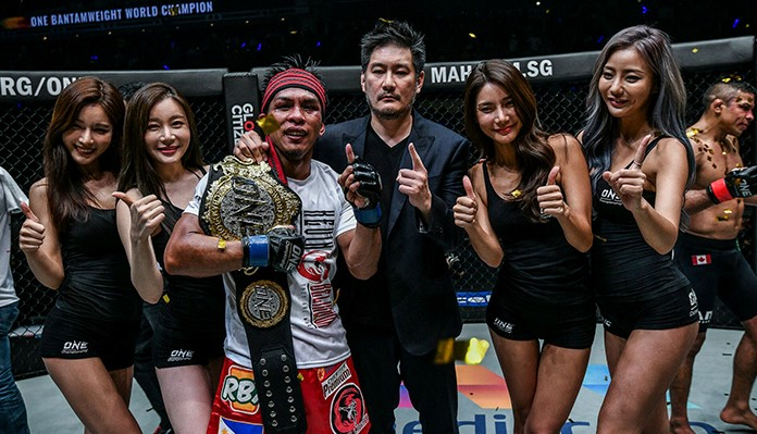 Kevin Belingnon unifies ONE bantamweight world title with win over Bibiano Fernandes