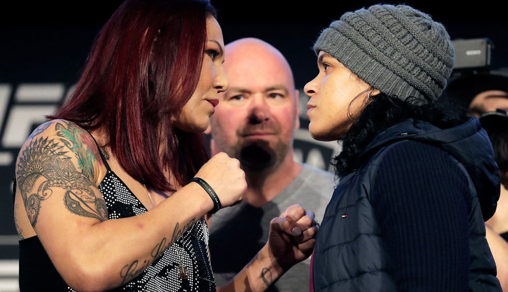 Nunes-Cyborg fight looks to put womens' MMA on top