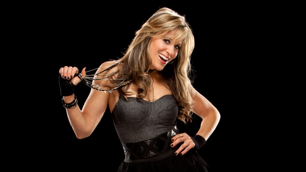 Former WWE ring arouncer Lilian Garcia joins Professional Fighters League