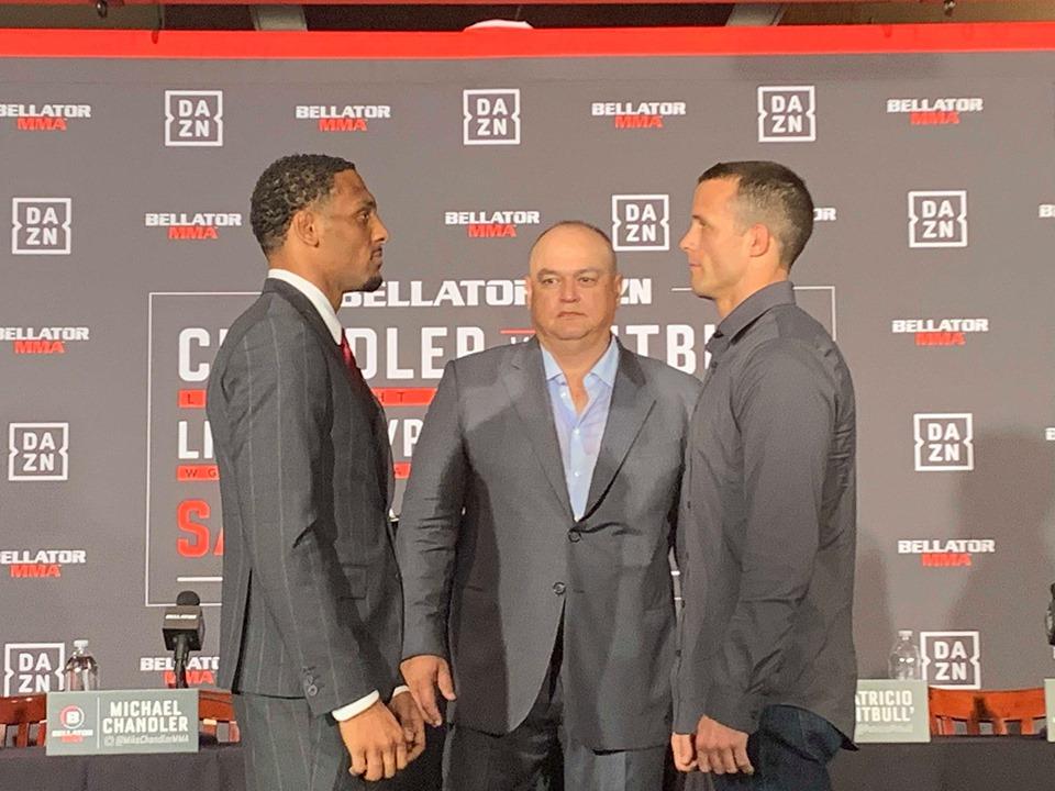 Pat Curran, AJ McKee, Bellator 221