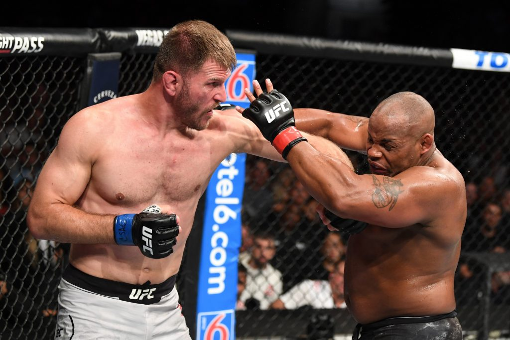 UFC 241: Stipe Miocic KOs Daniel Cormier in the fourth round to regain title
