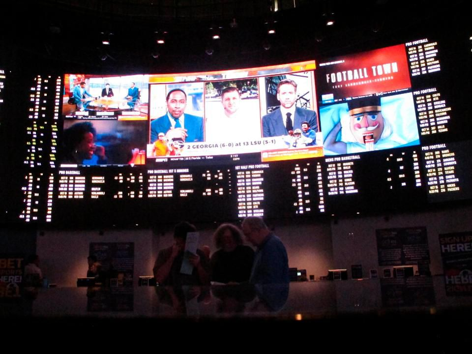social media, sports betting