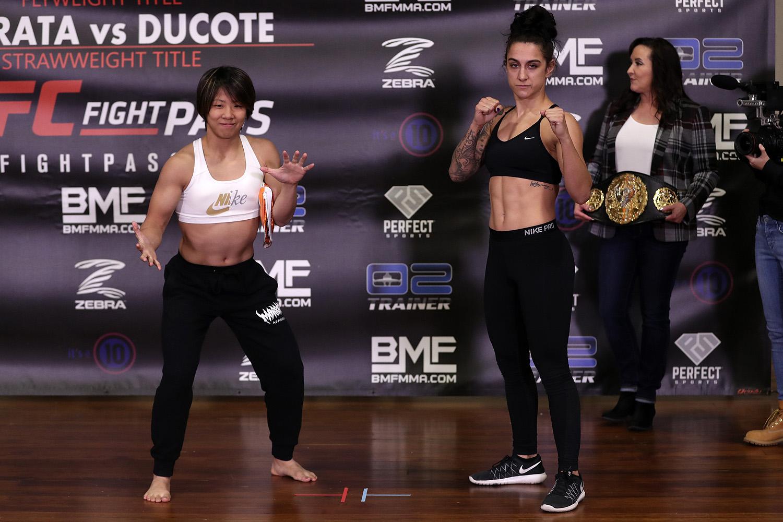 Kanako Murata vs. Emily Ducote - Invicta FC 38 - Photo by Dave Mandel