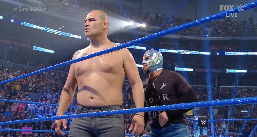 Cain Velasquez appears on WWE Smackdown, confronts Brock Lesnar