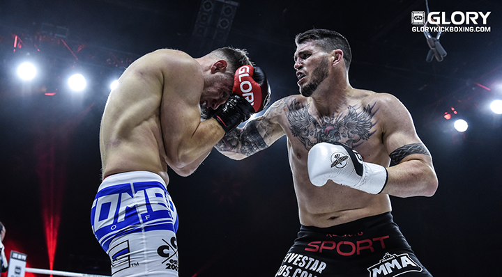 CHRIS CAMOZZI JOINS GLORY 72 CHICAGO CARD